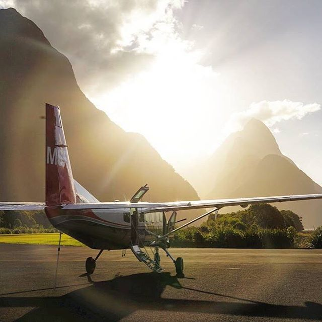 What an amazing Sunset out at Milford Sound! #MilfordSoundScenicFlights #Adventure #DestinationNZ #NZSummer #MilfordSound
