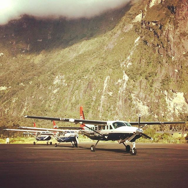 Several planes filled with happy passengers after an awesome trip to Milford Sound. What a great place to spend the day... and you even get a cheeky wave from the pilot before he leaves! #DestinationNZ #MilfordSound #milfordsoundscenicflights